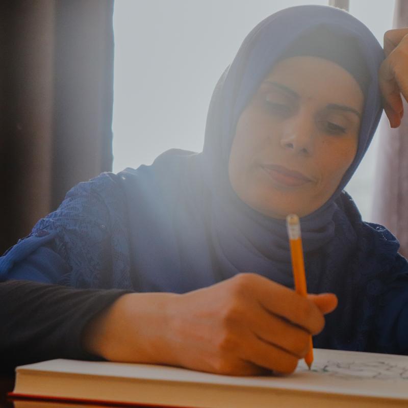 EmpoweringRefugees_ChooseLove_ArtisanAndFox_ThreadsOfSyria_TightKnitSyria_ArtisanLead.jpg
