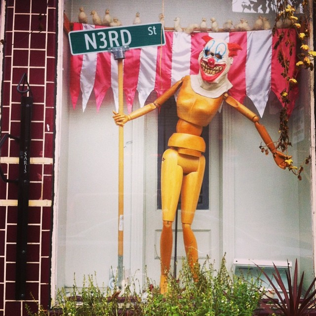 N3rd St. #philly #art #windowdisplay #n3st #n3rdst #philadelphia #clown #sign #creepy