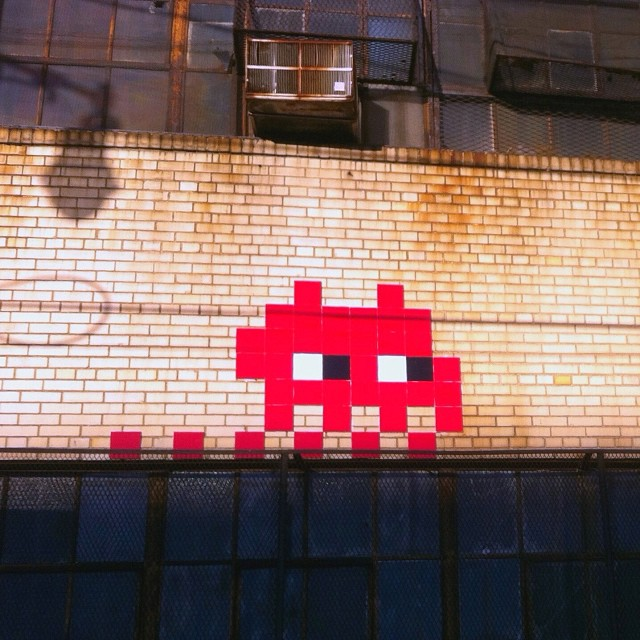 Invading Brooklyn #streetart #brooklyn #nyc #invader