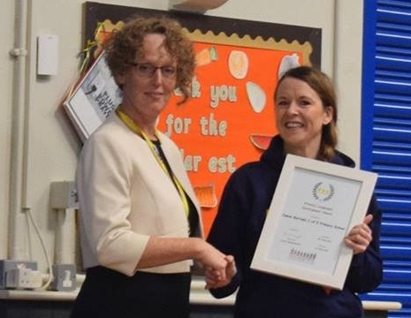 """Presentation of the """"Outstanding"""" Primary Languages Award to Canon Burrows CE"""