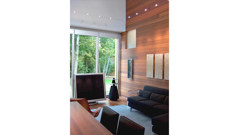 W House_28_1500_16-9.jpg