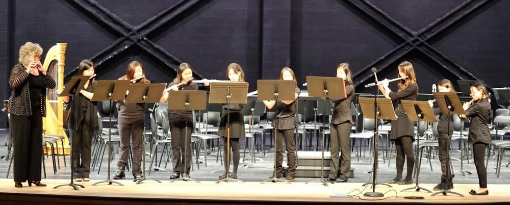 A flutingly flute choir