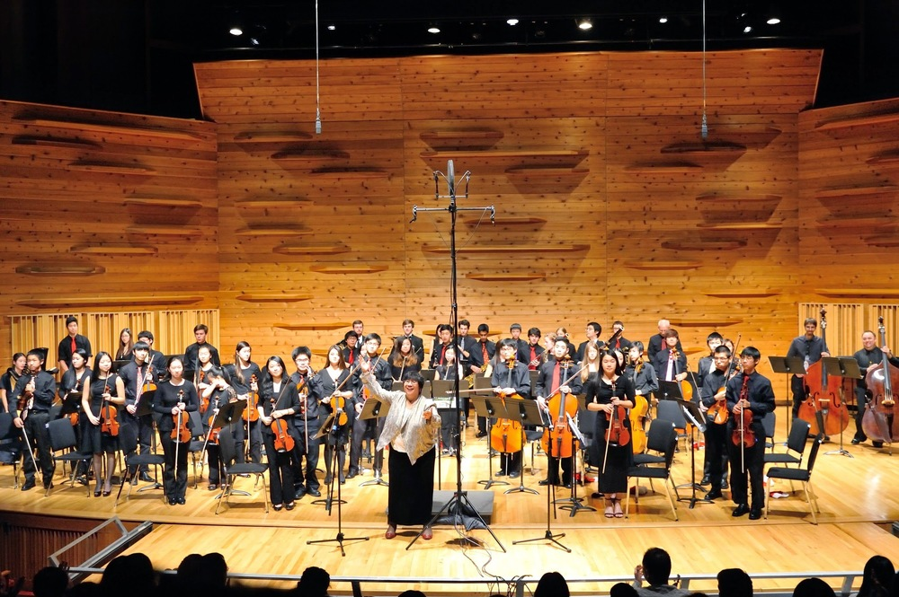 The Sinfonia after performing Tchaikovsky's Nutcracker Suite