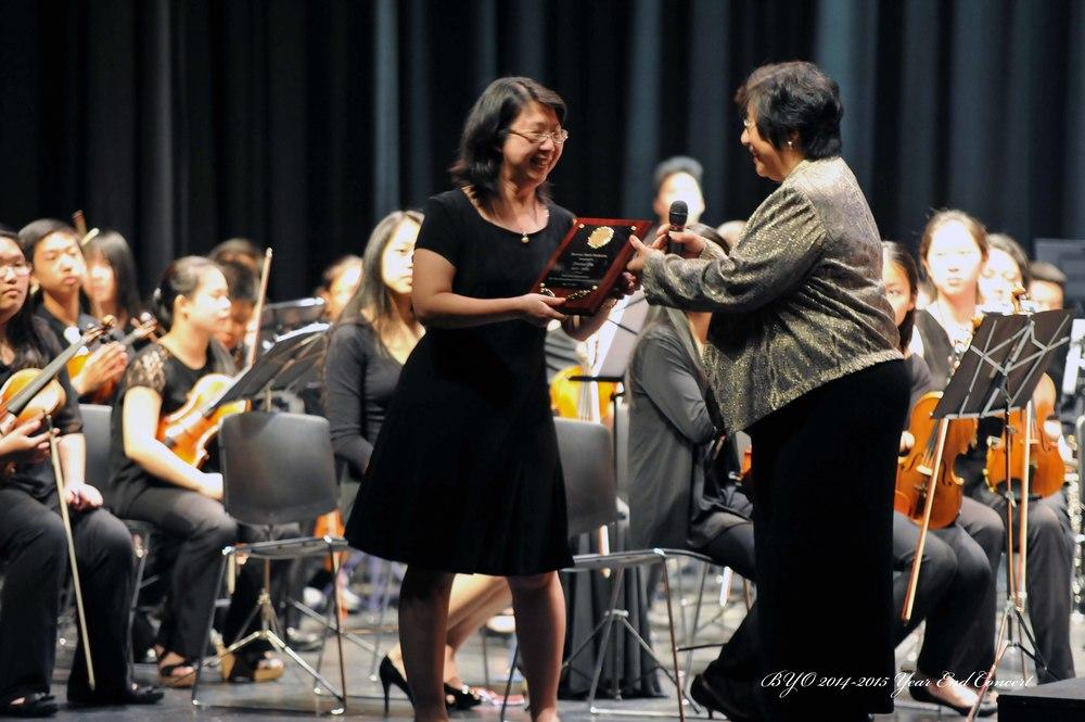 Thanking president Irene Yu