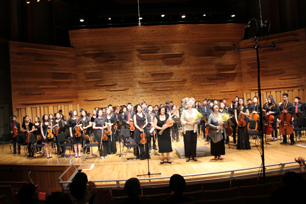 The Bravura Youth Orchestra and conductors.JPG