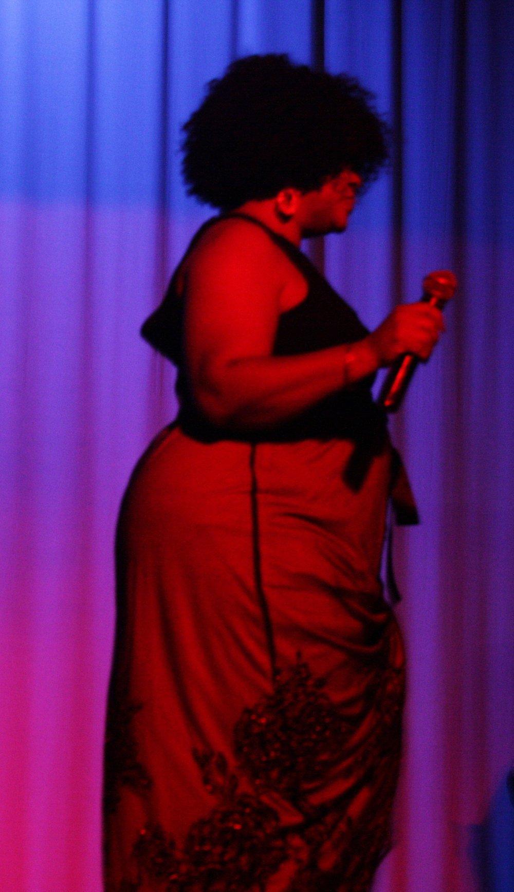 franklin tribute singer 9.jpg
