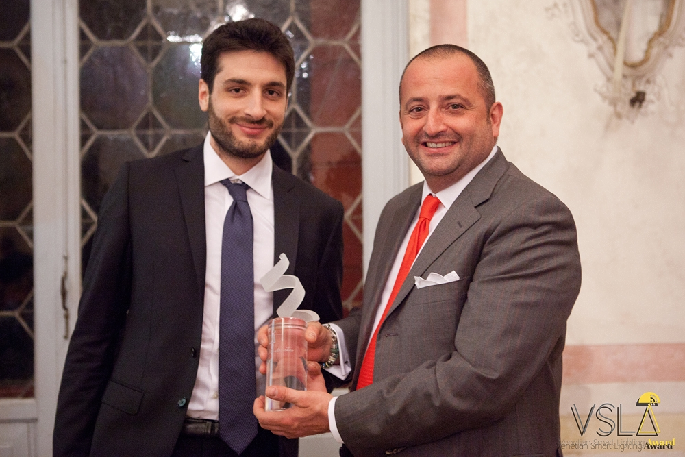 Vittorio Basso Ricci (GM International) premia Ecotono