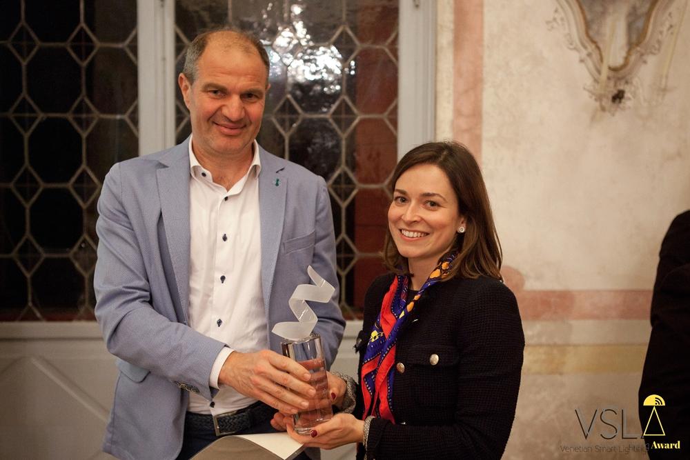 Massimo Tirapelle (Digimax) premia Fabbian Illuminazione