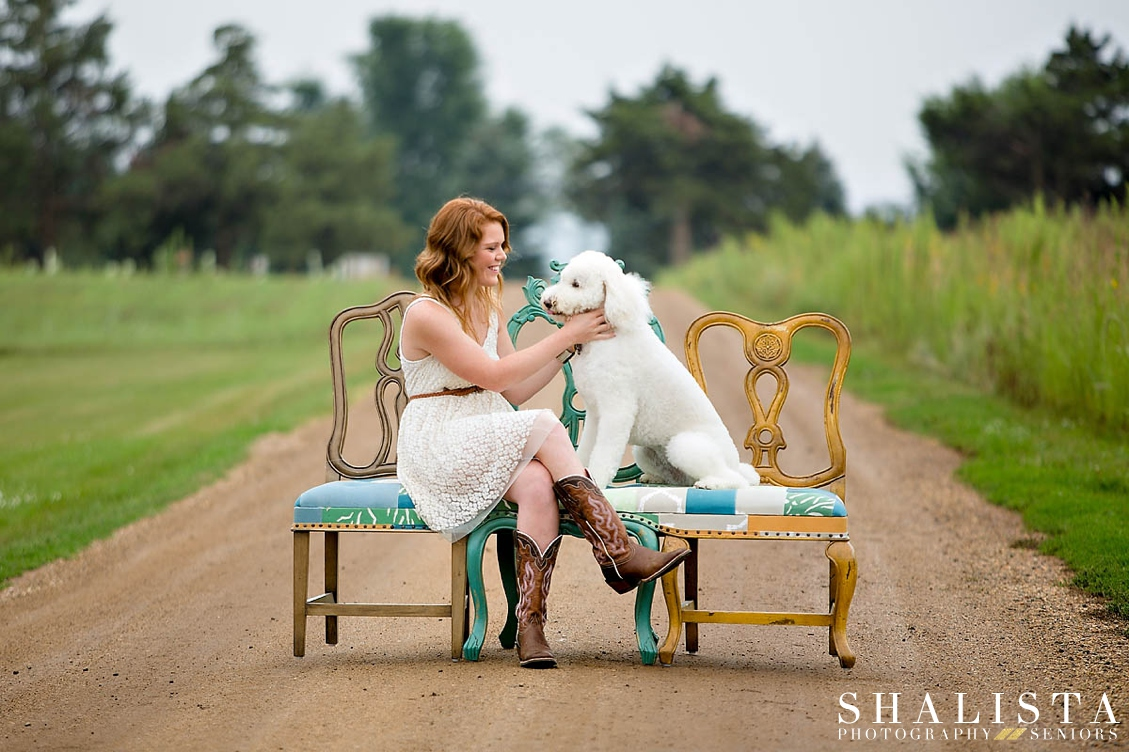 Doggy Love Fun Chairs Senior Photos