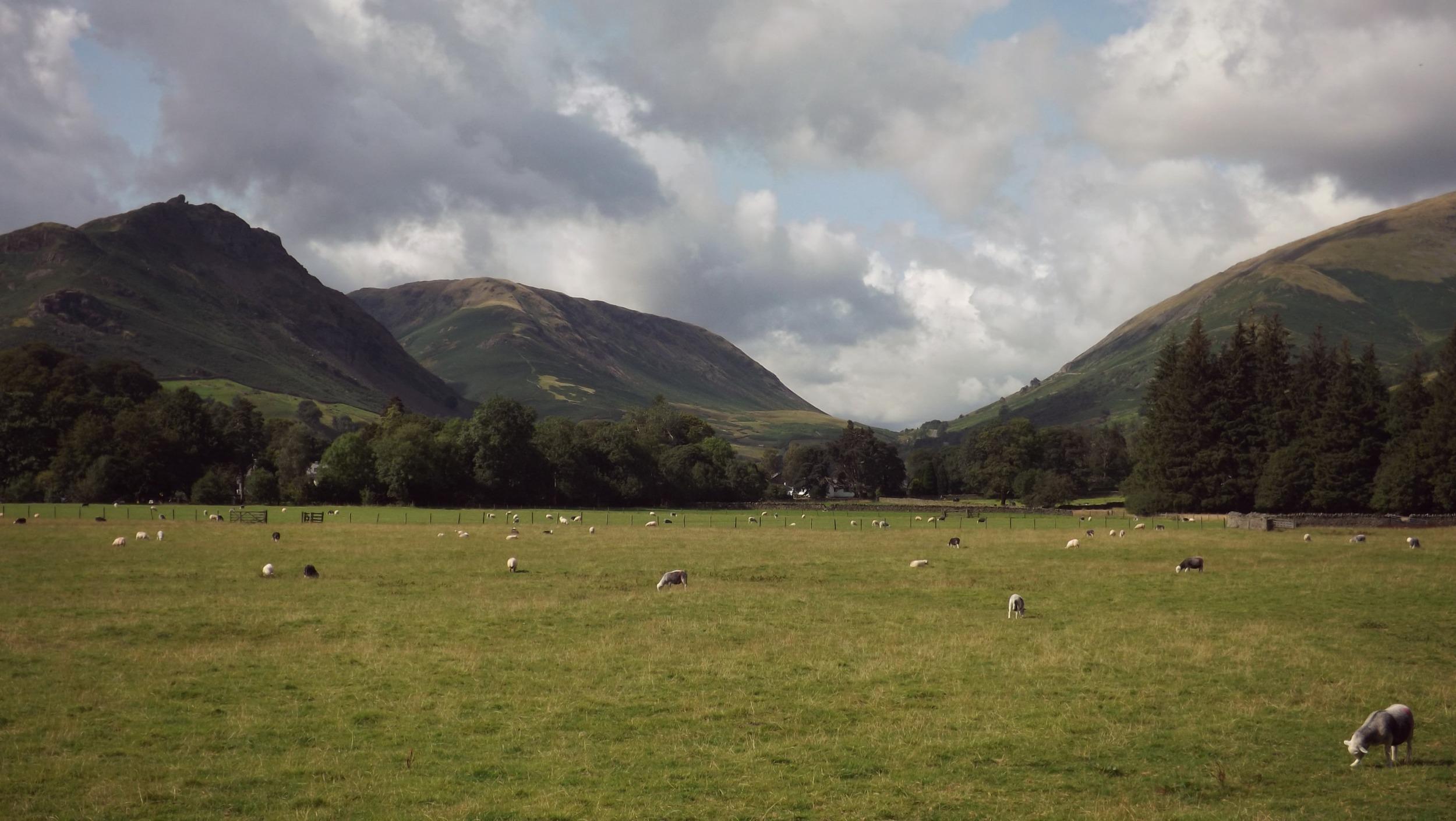 Mountains-Creative-Countryside