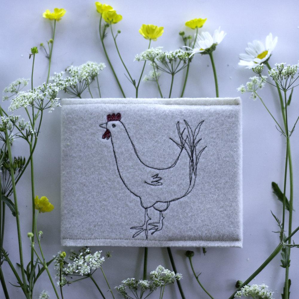 notebook-hen-cream.jpg
