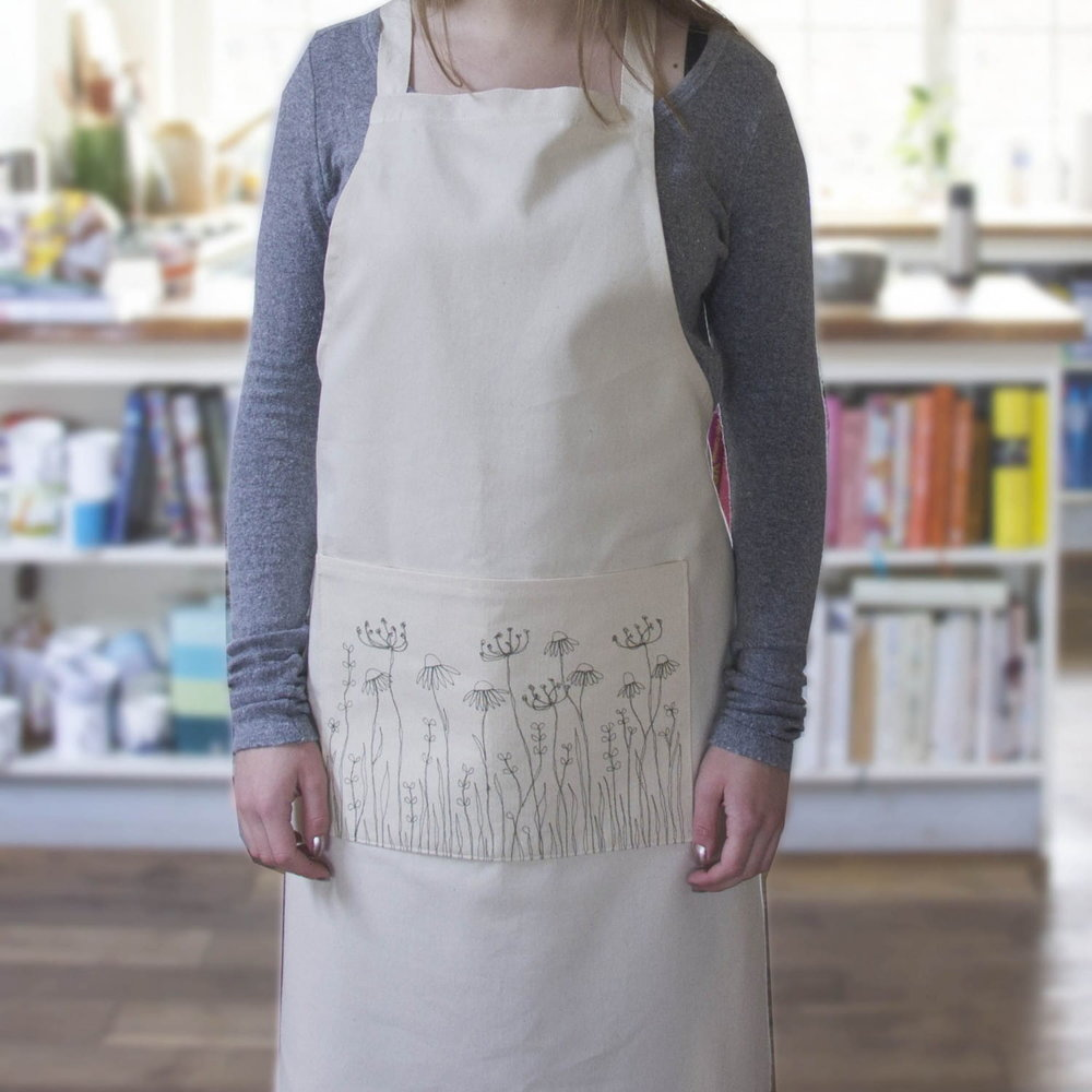 5476-1079_embroidered-meadow-flowers-apron-zoom.jpg