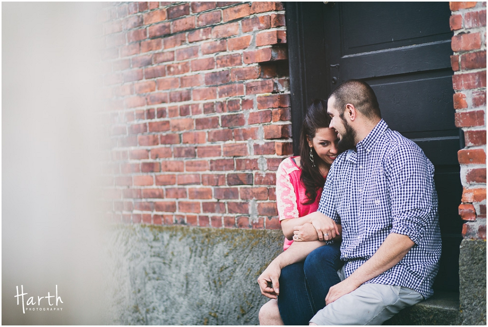 Snohomish Bricks Engagement | Harth Photography