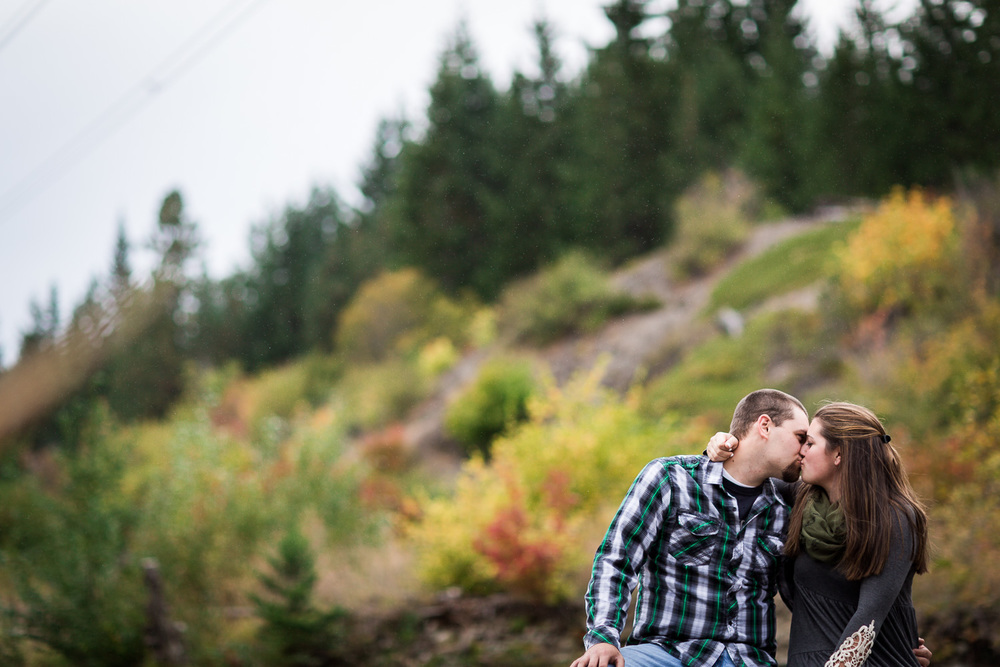 Cle Elum Fall Colors Engagement