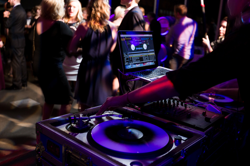 Woodinville Wedding DJ Music
