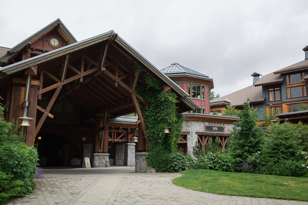 Nita Lake Lodge Hotel