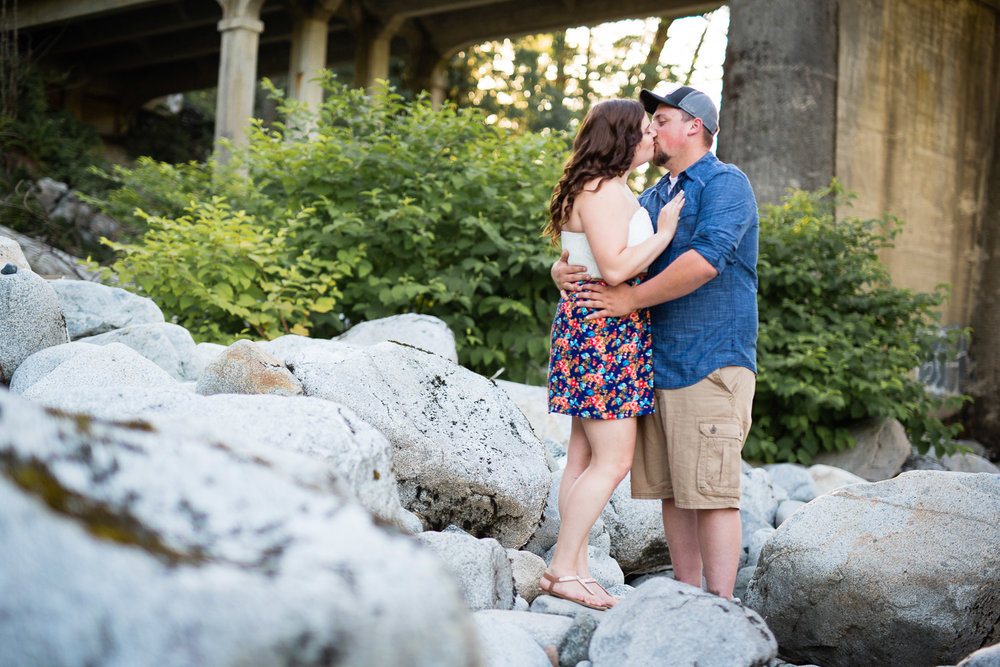 skykomish river engagement photos