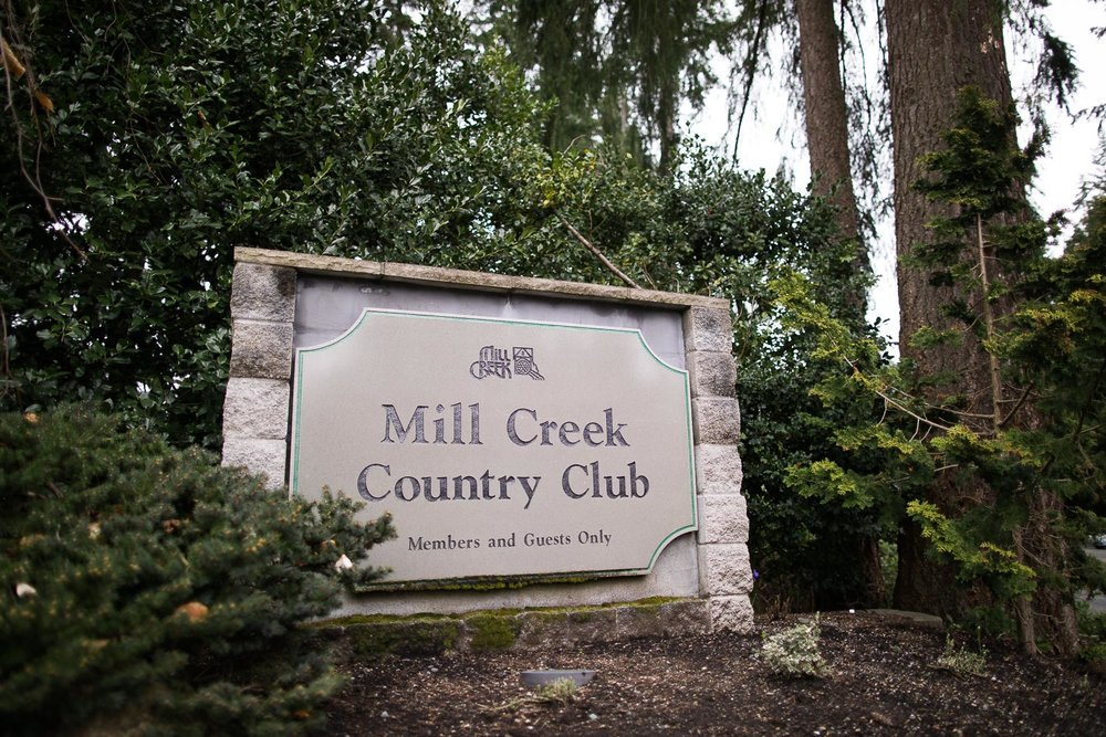 Mill Creek Country Club Sign