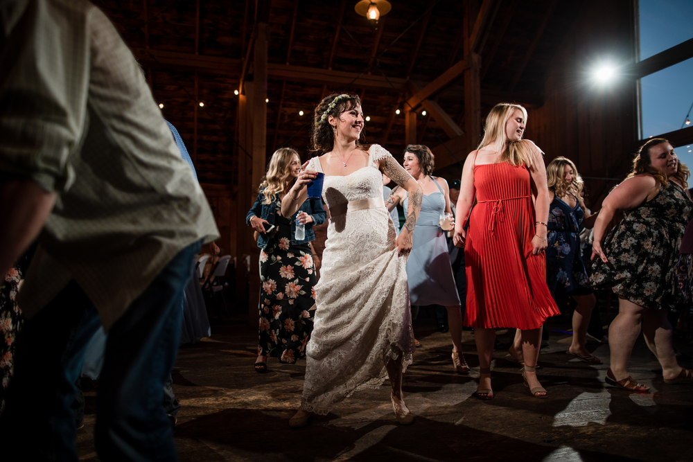 Cle Elum Cattle Barn Wedding
