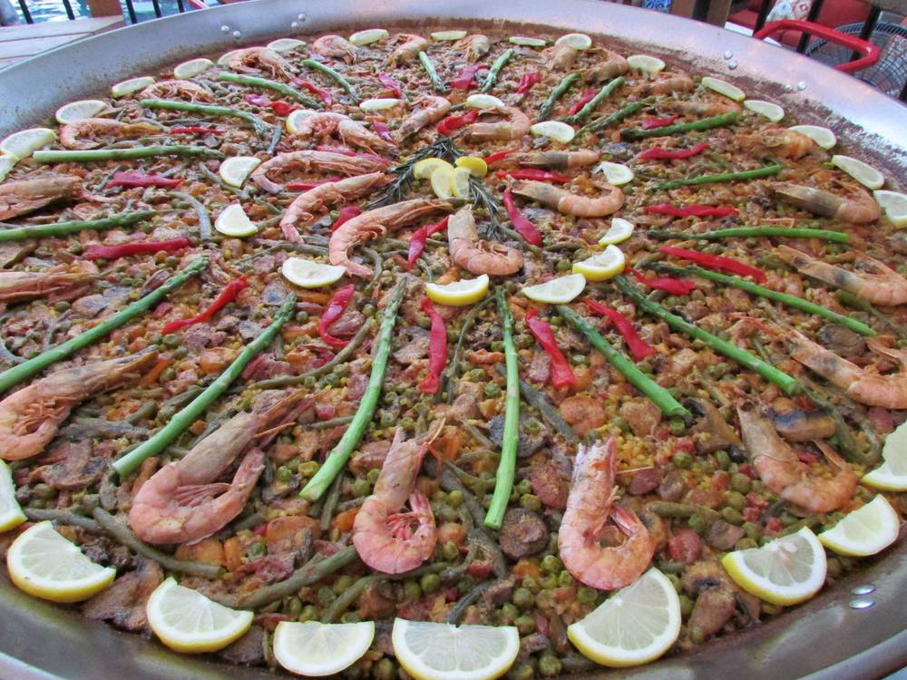 Learn the authentic Spanish Paella that will WOW your friends and family!