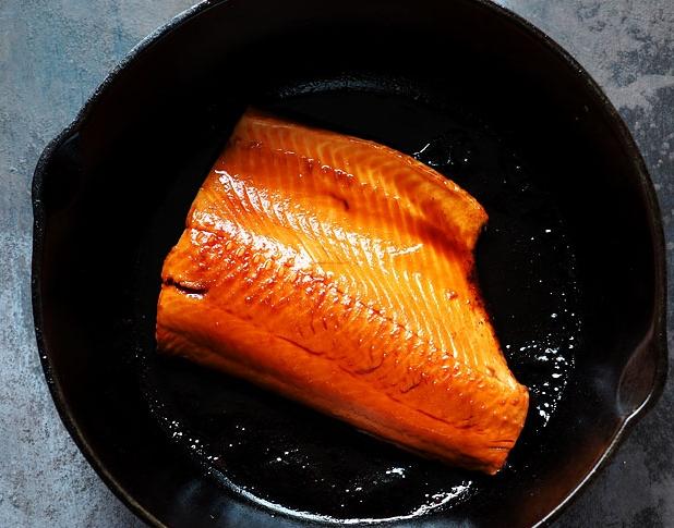 Salmon Teriyaki with Asparagus and Rice