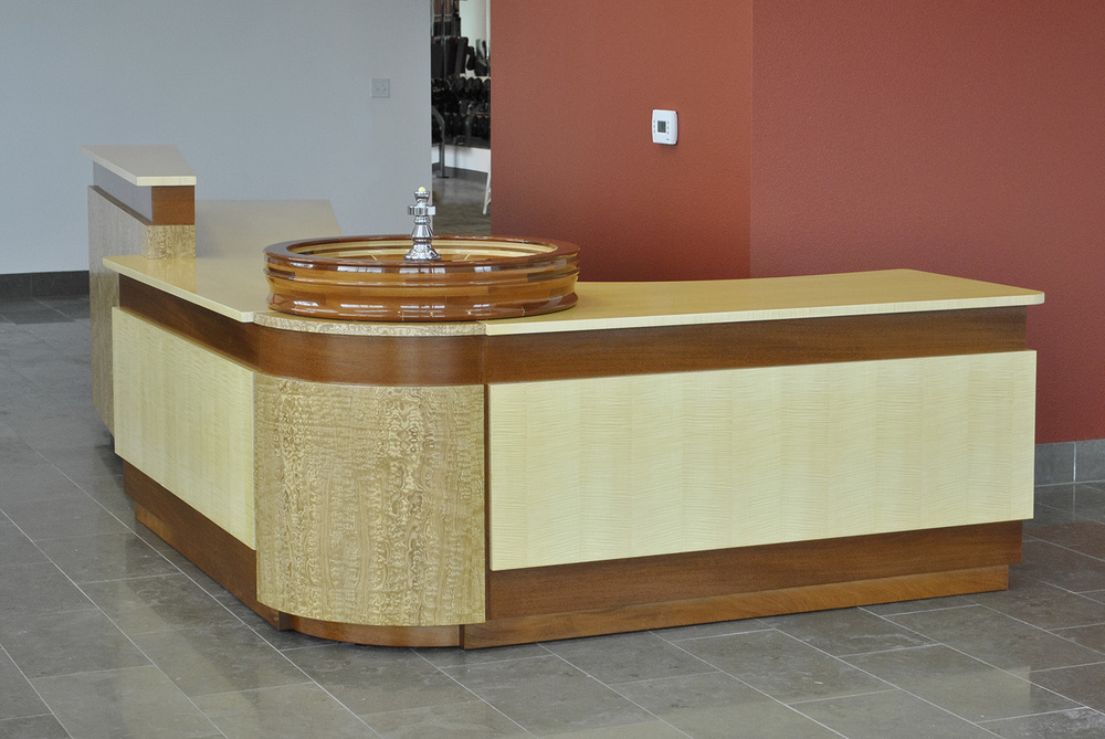 Custom-Contemporary-reception-desk.jpg