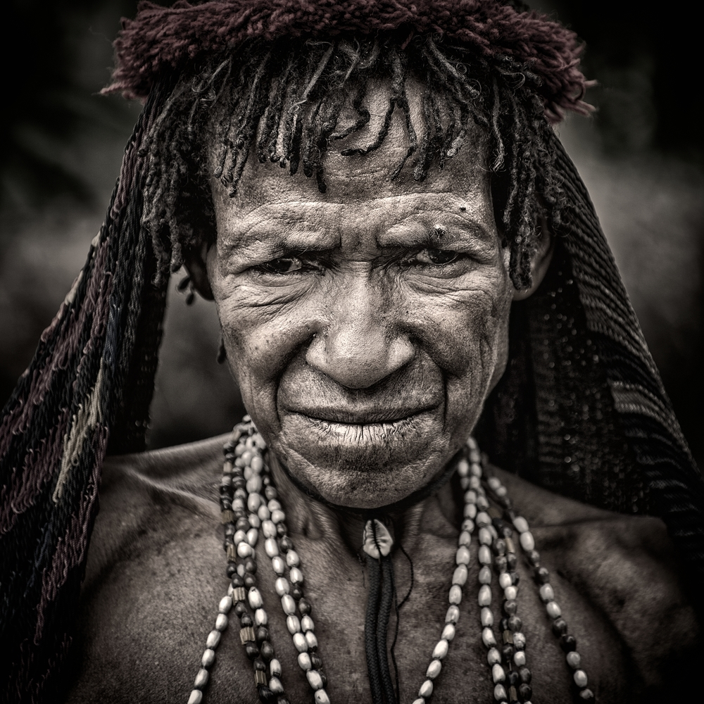 woman from dani tribe