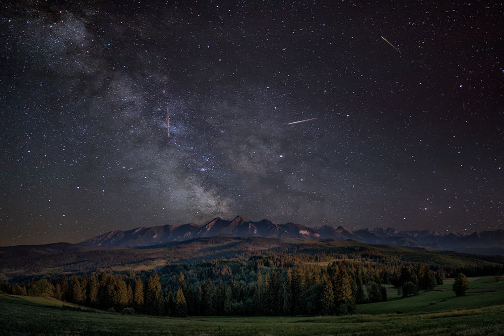 MILKY WAY OVER HIGH TATRAS, LAPSZANKA