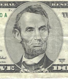 Lincoln's_closeup_on_5_dollar_bill.jpg