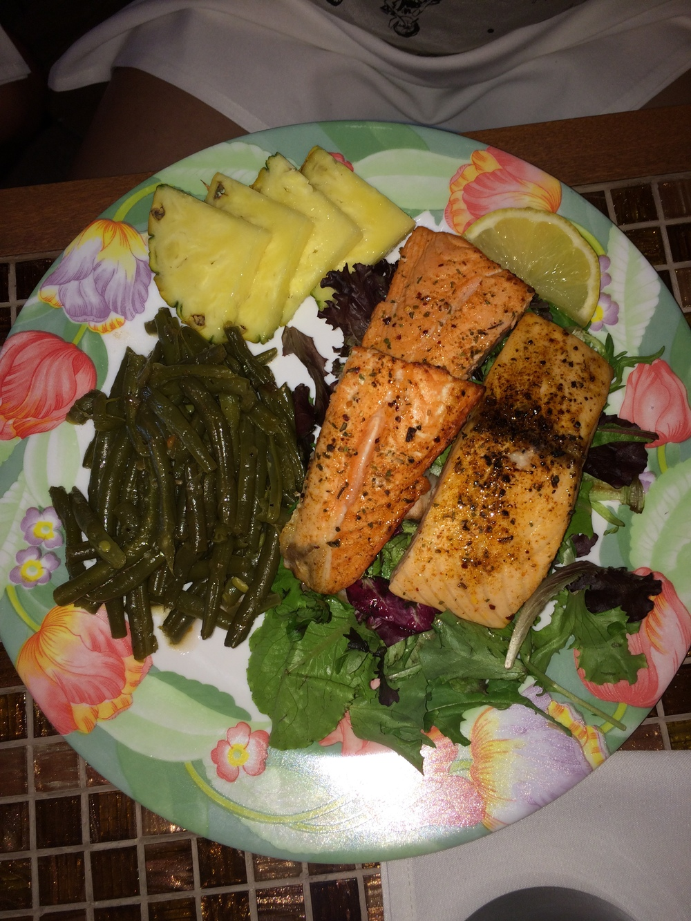 Broiled Salmon with Green Beans & Pineapple