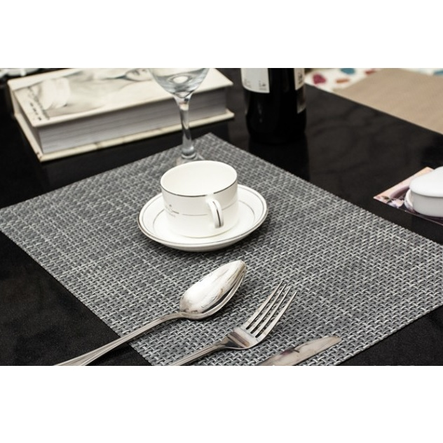 set of 4 vinyl placemats by trends collection