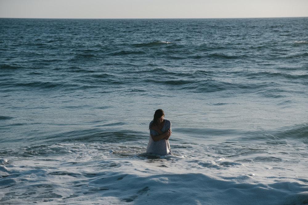 9-Eleanor Beach Emotions-55-NEG.jpg