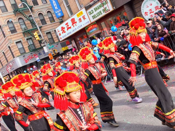 1327894814-chinese-new-year-parade-and-festival--new-york-city_1025884