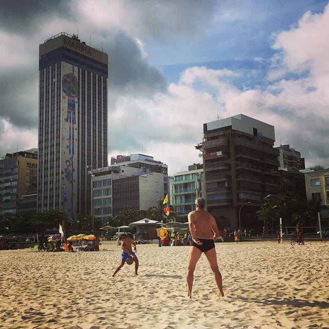 Boys on the beach #frescobol #leblonbeach #riodejaneiro
