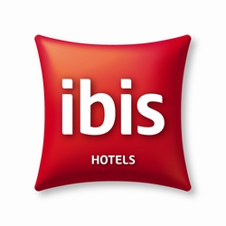 After installing COOLNOMIX® in one of their locations, Ibis reduced its air conditioning costs by 53%.