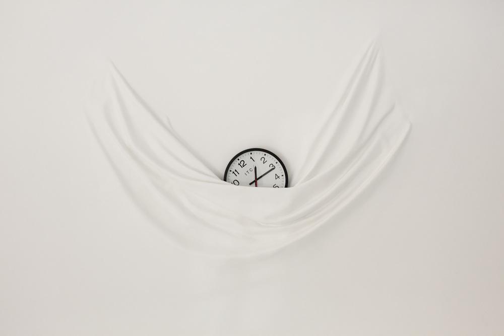 Falling.Clock.2.jpg