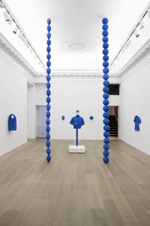 Galerie Perrotin - Daniel Arsham Installation Imagery. Courtesy of Guillaume Ziccarelli (3).jpg