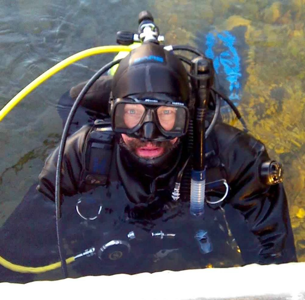 B_Tobalske_Diving_Lake_McDonald.jpg