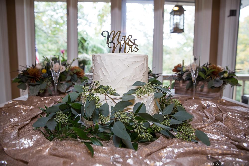 lake-lanier-lakehouse-wedding.jpg