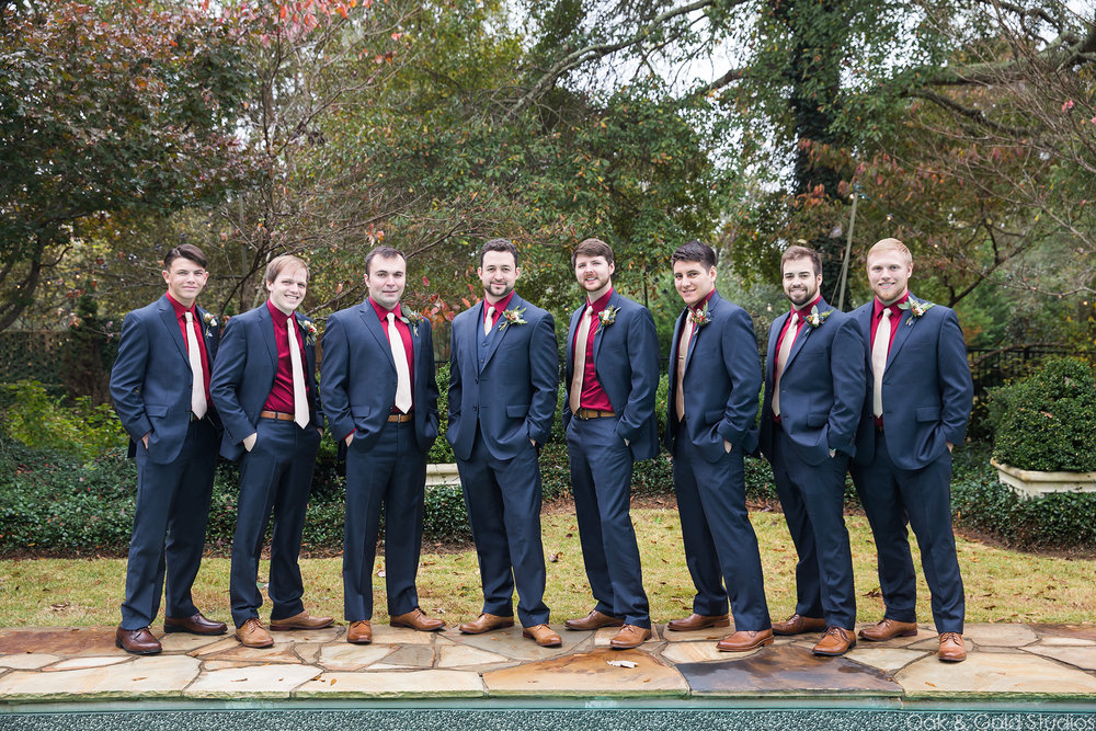 groomsmen-vinewood-plantation.jpg