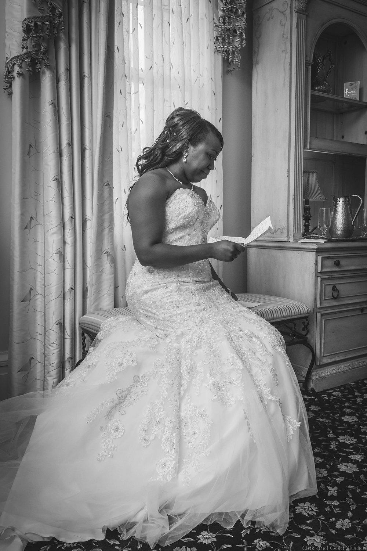bride reading letter.jpg