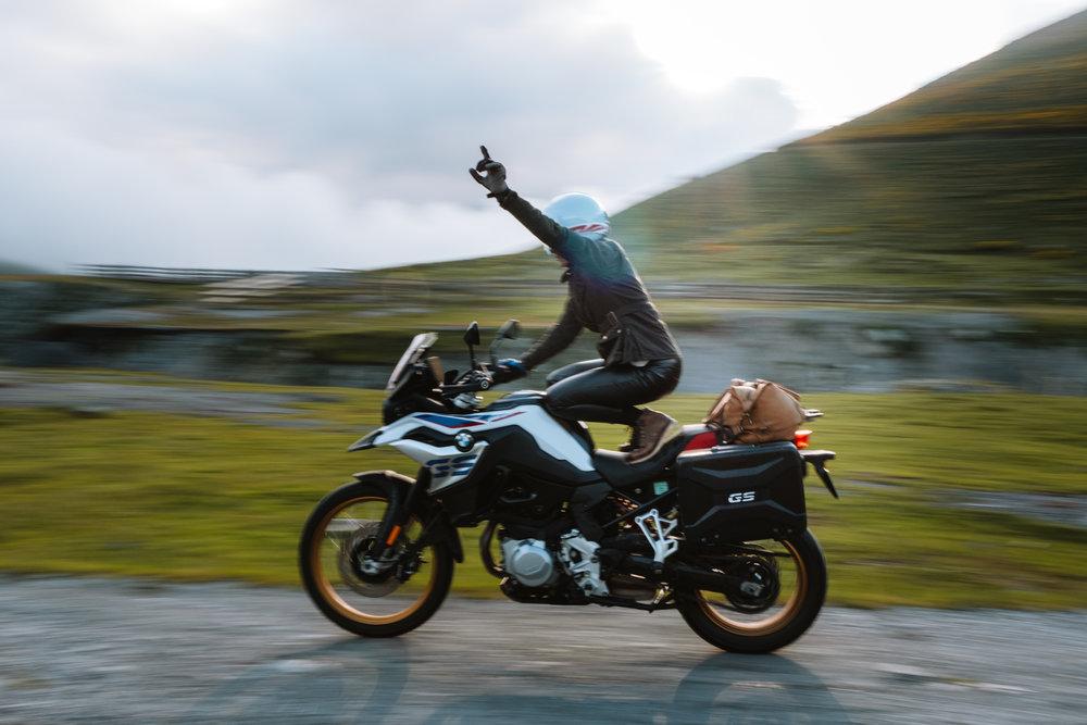 BMW-Motorrad-Posts-67.jpg