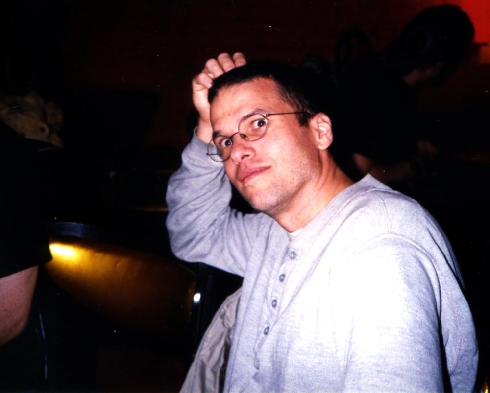 photo_hanging 1999002.jpg