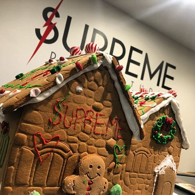 Get ready for spirit week everyone! We'll be posting the schedule for next week tomorrow! #wearesupreme #supremedancestudio #supreme #happyholidays #holidays2018 #spiritweek