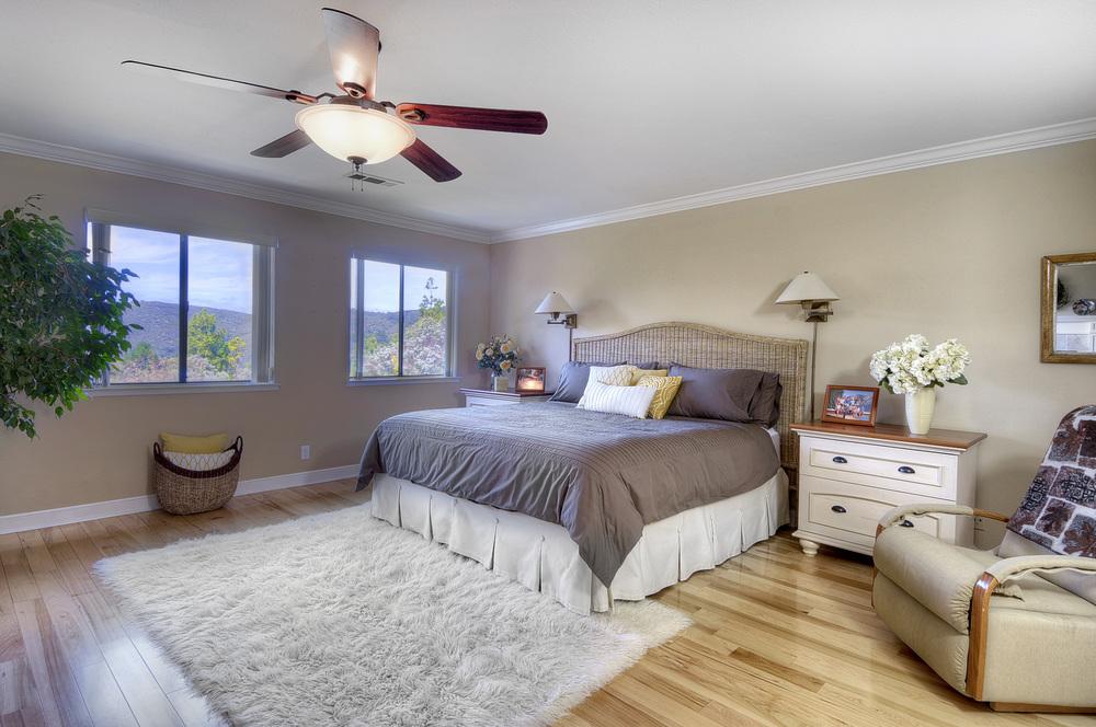 master-bedroom1a.jpg