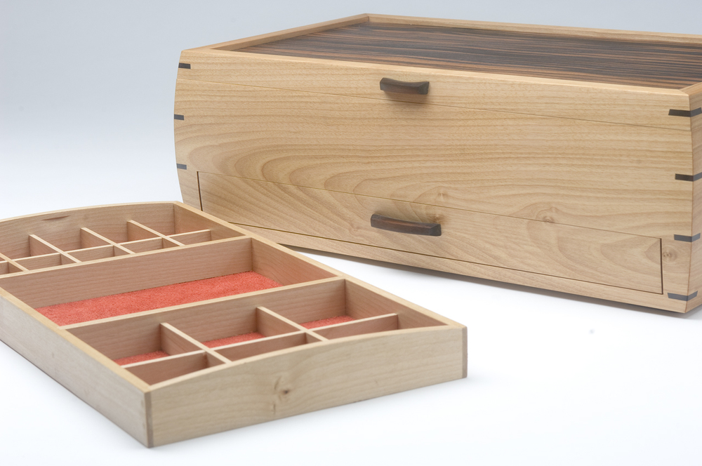 Red Birch Jewelry Box with Macassar Ebony Veneer and Suede lining