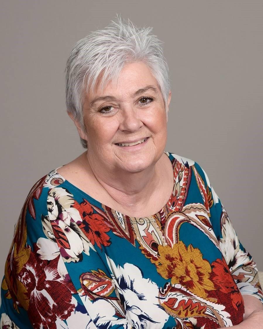 Robyn Straughn, Children's Ministry Director