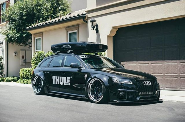 Brushed aluminum @thule decal on @iacro_rilber Audi A4 Avant.  #5dSignworks #thule #iacrophobia #iacro #audi #a4avant #toyotires #accuair #graphics #design #vinyl #stickers #decals #euro