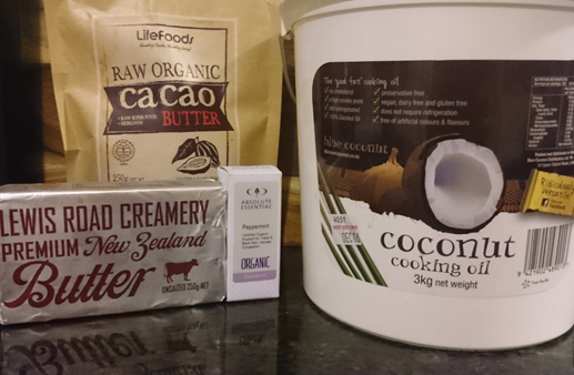 Peppermint and cacao coffee ingredients