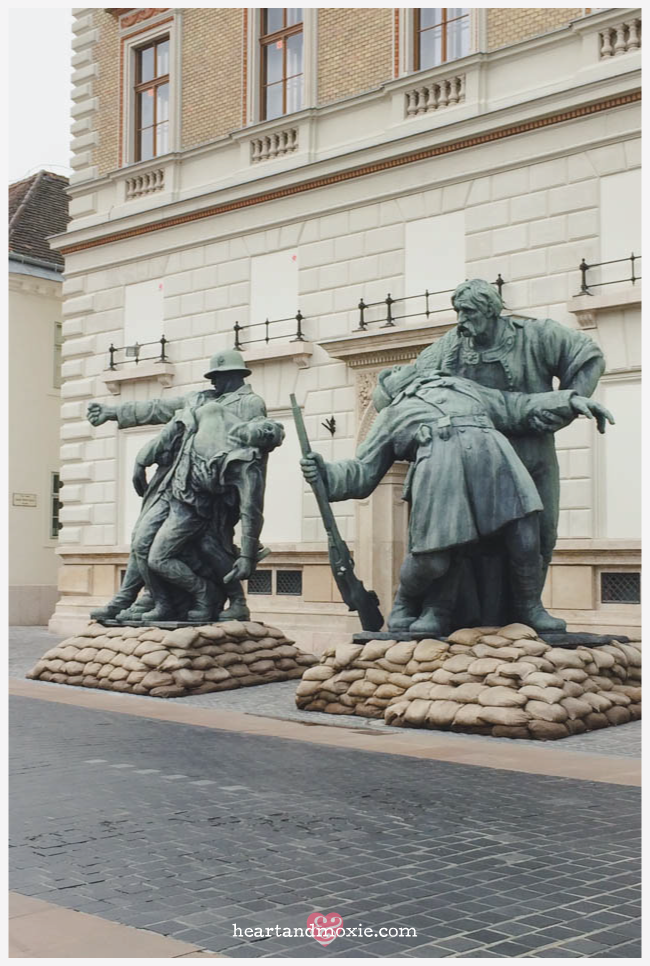 World War I statues...